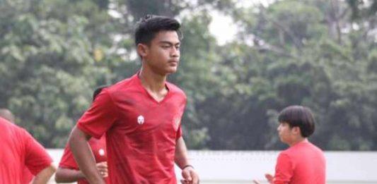 Pesepakbola muda PSIS Semarang Bahril Fahreza kini bergabung dengan tim senior dan berkesempatan ikut dalam kompetisi Liga 1 2021
