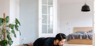Gerakan Plank Bermanfaat Perbaiki Postur Tubuh